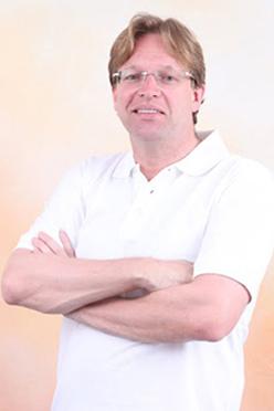 German dentist in dubai Dr Max